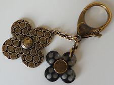 LOUIS VUITTON Bijoux Sac Rock Flower Key-chain