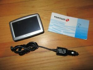 "9E/TOMTOM XL GPS NAVIGATION/N14644/3.75"" SCREEN/BOOKLET/WORKS GREAT!"