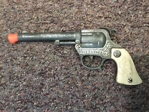Vintage Wyandotte Red Ranger Jr. Toy Cap Gun- Working