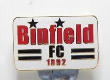 Binfield Football Club Enamel Badge - Non League Football Clubs -