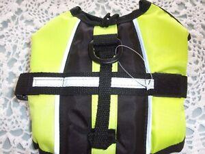 Dog pet life vest jacket  XXS Petco new XXSmall safety preserver
