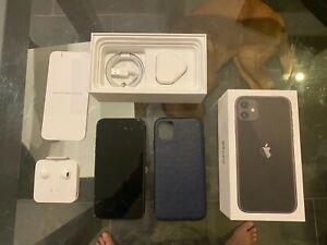 iPhone Apple 11 128 GB Black Unlocked