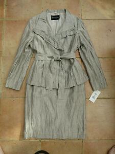 Gorgeous Italian Artigiano Linen white gold linen skirt and jacket suit size 14
