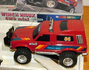 vintage NIKKO 1/20 TOYOTA WINCH HILUX 4WD voiture commande RC RADIO CONTROL CAR