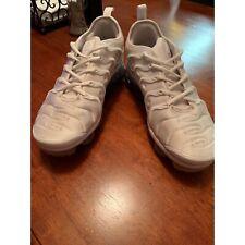 White Nike Vapour max plus size us 9