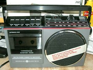 Vintage General Electric GE Model 3-5233B AM/FM Stereo Radio/Cassette Recorder