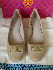 `Tory Burch Gigi Patent Leather Logo Pump in Nude - Size 10.5 NEW $275