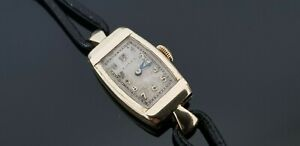 Rolex Vintage 1930's 9ct Gold Ladies Mechanical Watch. REPAIR/PARTS ONLY. Ticks.