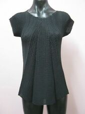 ISSEY MIYAKE (Japan)As New, 2, A Stunning Design, Incredibly Flattering!