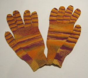 MULTI COLOURED KNIITED GLOVES RED AND ORANGE - A8