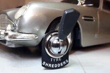 James Bond Aston Martin Gespenst Reifen Vernichter Umschalter rtc430