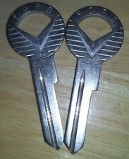 LOT 2 PIECE ANTIQUE FORD CAR KEY BLANK VERY HARD TO FIND BUT 2 ORIGINAL VINTAGE
