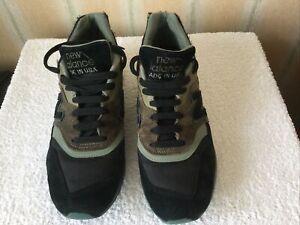 New Balance 997 Green & Black Trainers UK Size 9