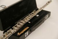 BRAND NEW 2021 INTERMEDIATE SILVER CONCERT BAND FLUTE-WITH YAMAHA PADS