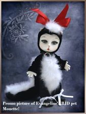 """EVANGELINE GHASTLY PET BJD MOUETTE IN ORIGINAL BOX COMPLETE &EXTRA OUTFIT 5"""" BJD"""