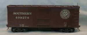 "2 Rail O Scale Southern Box Car ""Serves The South"" 409278 Built from Kit"