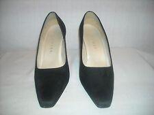Nine West pumps high heels Size 8 medium black suede
