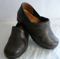 DANSKO Women's Clogs Slip-On Shoes Size 37 US 6.5-7 Brown Leather High Backs