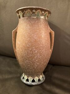 Beautiful Roseville Tall Ferella Arts & Crafts Reticulated Pottery Vase 10.25