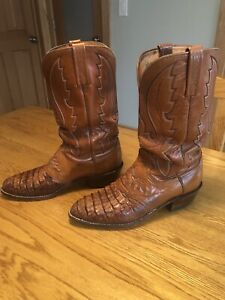 lucchese boots 1883 Brown Caiman.  9.5D