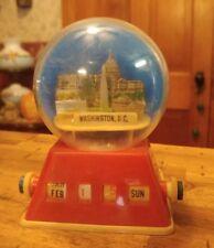 Washington DC Vintage Novelty Souvenir Snow Globe Dome Bank Calendar