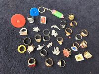 VINTAGE GUMBALL/DIME STORE HUGE LOT OF CHARMS RINGS FLICKER