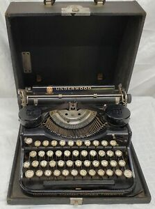 Vintage - Underwood - Standard Portable Typewriter, With Case -Works Great -READ