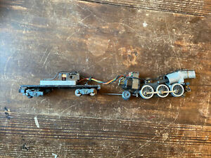 American Flyer Locomotive Engine & Tender with out shells For Parts