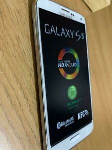 Samsung Galaxy S5 SM-G900F - 16GB - WHITE (Unlocked) Smartphone