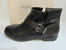 BCBG BCBGeneration Size 7 M Black Brown Leather Ankle Boots  New Womens Shoes