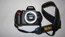 Nikon D60 Body SLR-Digitalkamera (10 Megapixel) inc Zubehörpaket
