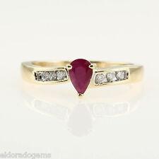 Donna 's PERA Rubino & 0.12 ct. Anello con diamante a grappolo 14k oro giallo