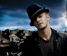Justin Timberlake UNSIGNED photo - K8080 - SEXY!!!!!