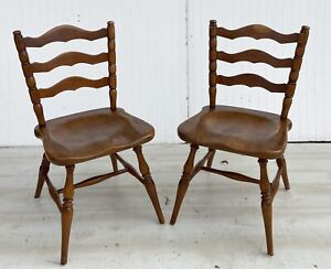 Cushman Colonial Creation Pair of Dining or Sitting Chairs #5831