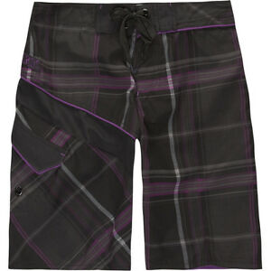 Micros Pennywise Boys Board Shorts Swim Size 16 Brand New