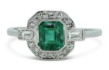 Art deco esmeralda y Diamond Cluster anillo 0.25ct + 1.30ct Oro Blanco 18CT