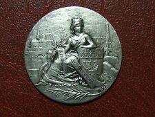 Art Nouveau city of Paris with its monuments silver plated medal M28
