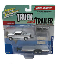 Johnny Lightning Truck Trailer 1996 Dodge Ram w/ Car Trailer 1:64 Diecast Model
