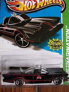 2012 Hot Wheels Classic 1966 TV Series Batmobile Toy Car George Barris 1/64