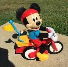 2014-2015 CJF04 SILLY WHEELIE MICKEY MOUSE Clubhouse Fisher Price Riding Bike
