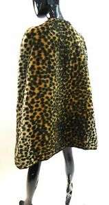 Vintage 1960s vegan fur leopard cape
