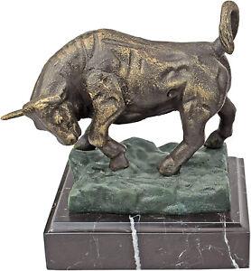 Design Toscano The Bull of Wall Street Cast Iron Statue, Bronze