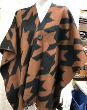 Striking and soft Amicale ruana/coat in brown/black herringbone O/S