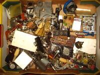 A20)    Konvolut mit Teilen aus der Funktechnik  -  Lagerräumung   !  (4,7)