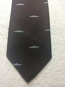 THE EXECUTIVE MENS TIE BROWN WITH GRAY BATTLE SHIPS 3.25 X 56