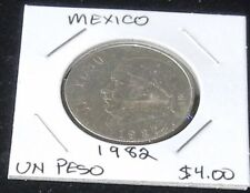 Very Nice UNCIRCULATED Mexico 1982 One PESO Coin (KM460)