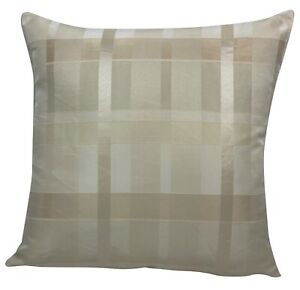 Cream Geometric Cross Design Cushion Covers 18x18""