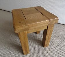 Rustic Small Solid Oak Lamp/Side Mini Table 31cm High
