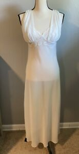 Valerie Stevens Sexy Long White/Ivory Lace Nightgown Sheer Medium