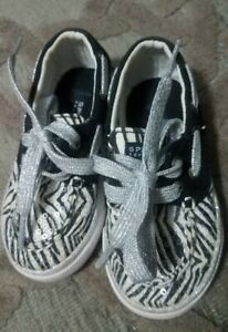 Sperry Top Sider Boat Shoes Size 5.5